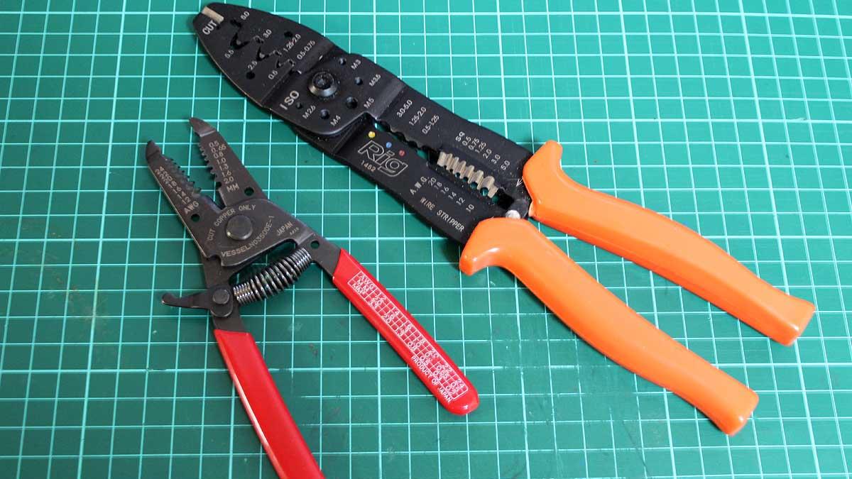 電工ペンチ・ワイヤーストリッパー