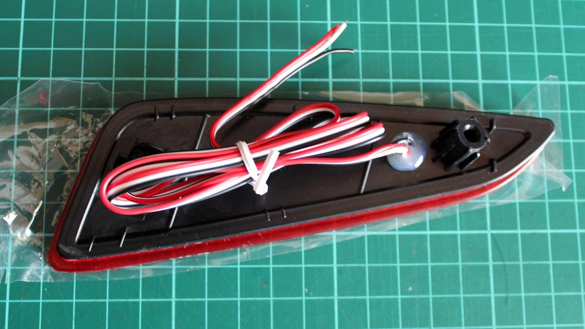 LEDリフレクター配線
