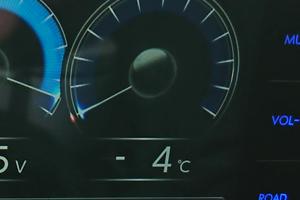 エンジン水温-4℃