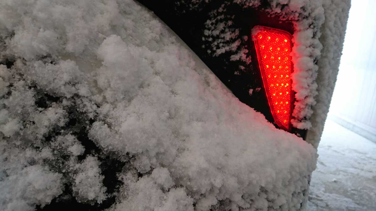 LEDリフレクターには着雪なし